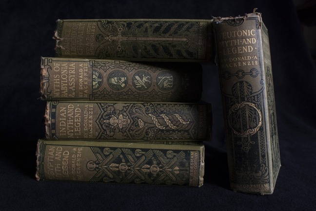 old-books-1511507_960_720