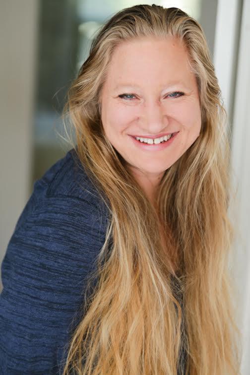 elena-hartwell-profile