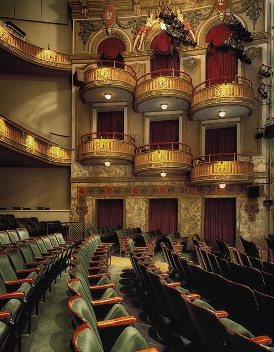 wells-theatre-210914_960_720