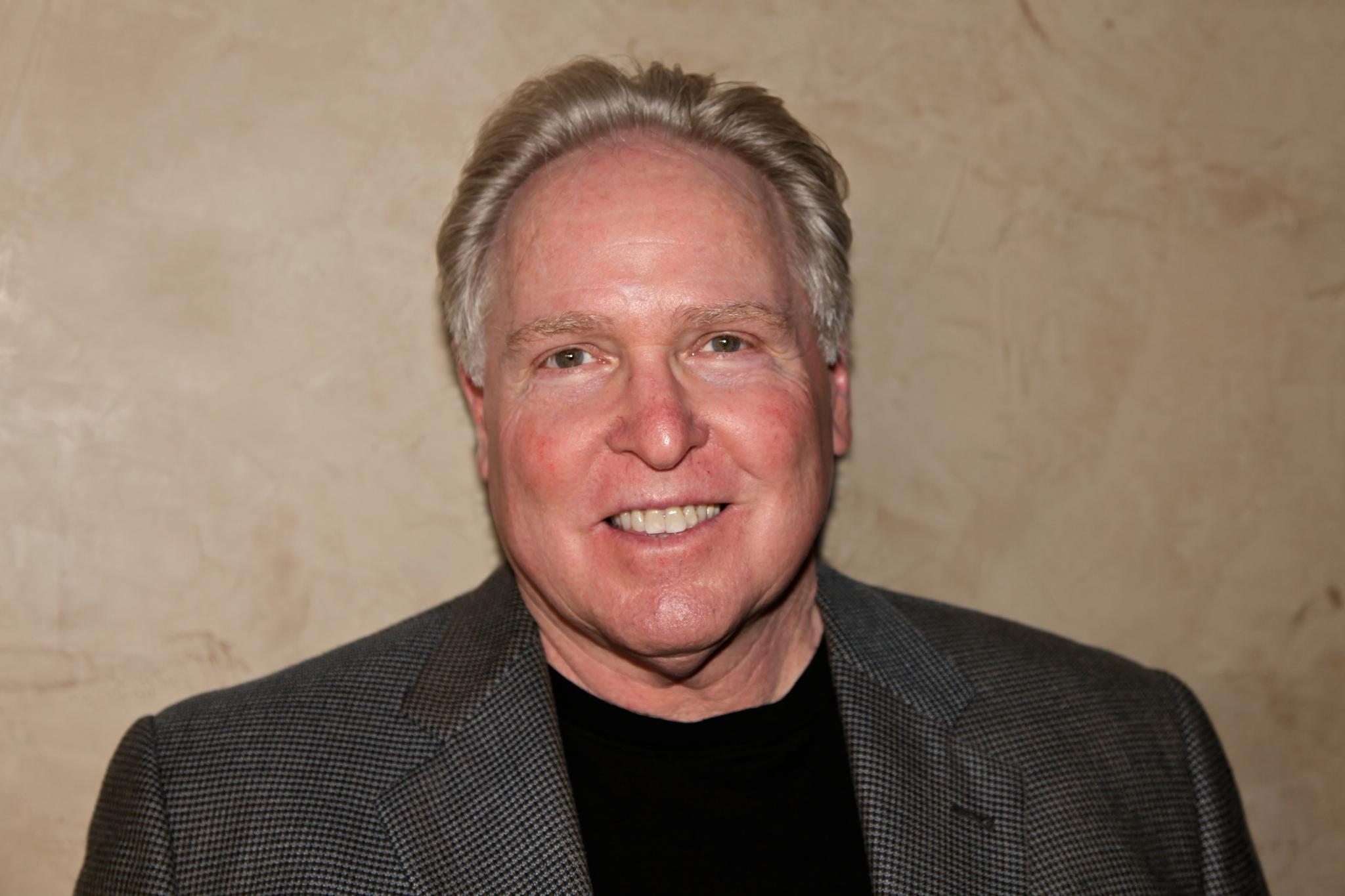 Dr Ken Druck headshot image